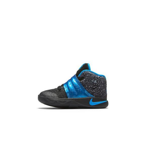 c32b6df3f40e Nike Kyrie 2