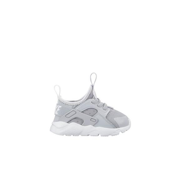 7560fb65a704 Nike Huarache Run Ultra