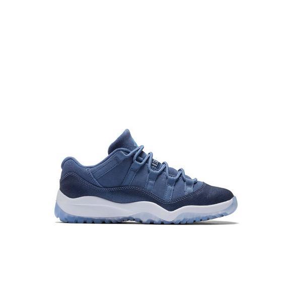 wholesale dealer 2f089 e1a3e Jordan Retro 11 Low