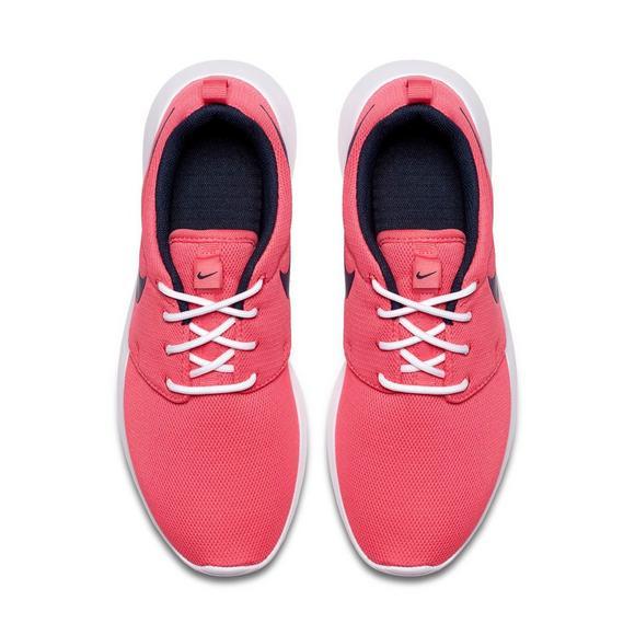 quality design 82c64 69752 Nike Roshe One