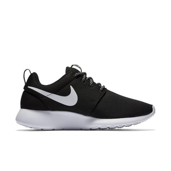 661886b01ab9 Nike Roshe One
