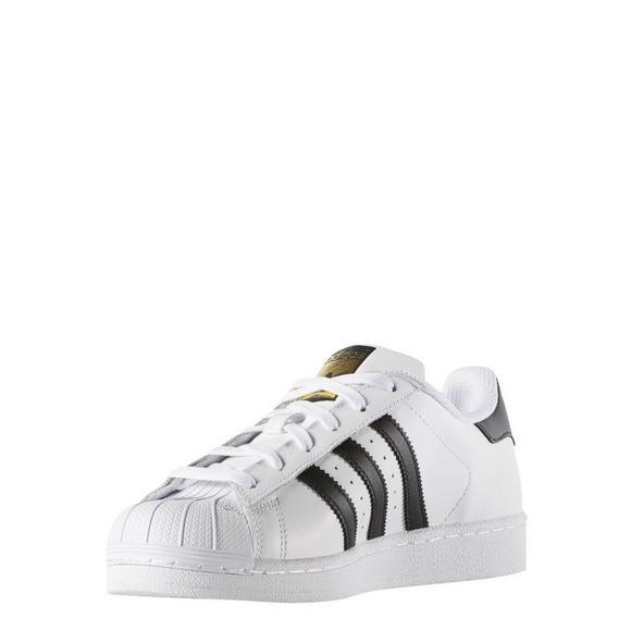 meet 2f199 06d1f adidas Superstar Women's Casual Shoes