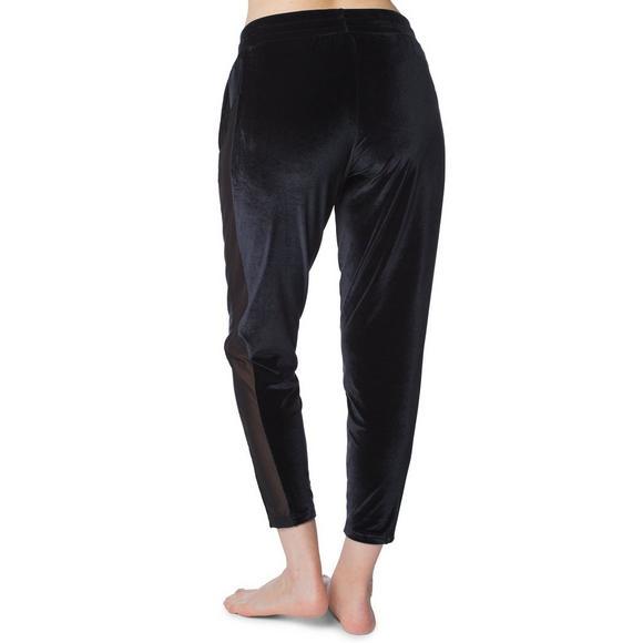 competitive price 5e4d4 2fd9a Puma Women s Yogini Velvet Pants - Main Container Image 2