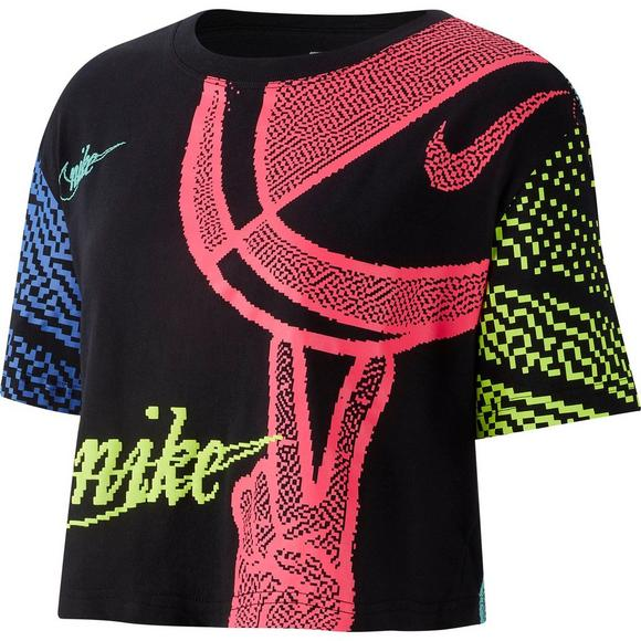 556a03c4 Nike Sportswear Women's Essential Rave Cropped Top - Main Container Image 1
