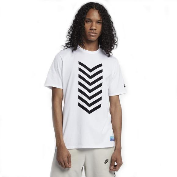 2f03fcac86dd2 Nike Men's Sportswear N7 T-Shirt - Main Container Image 1