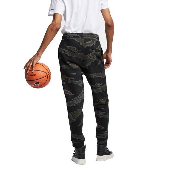 1809d1411e8cfe Jordan Men s Jumpman Camo Fleece Pants - Main Container Image 2