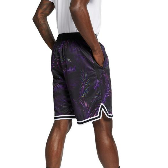 e5683294 Nike Men's Dri-FIT DNA Basketball Shorts - Main Container Image 2