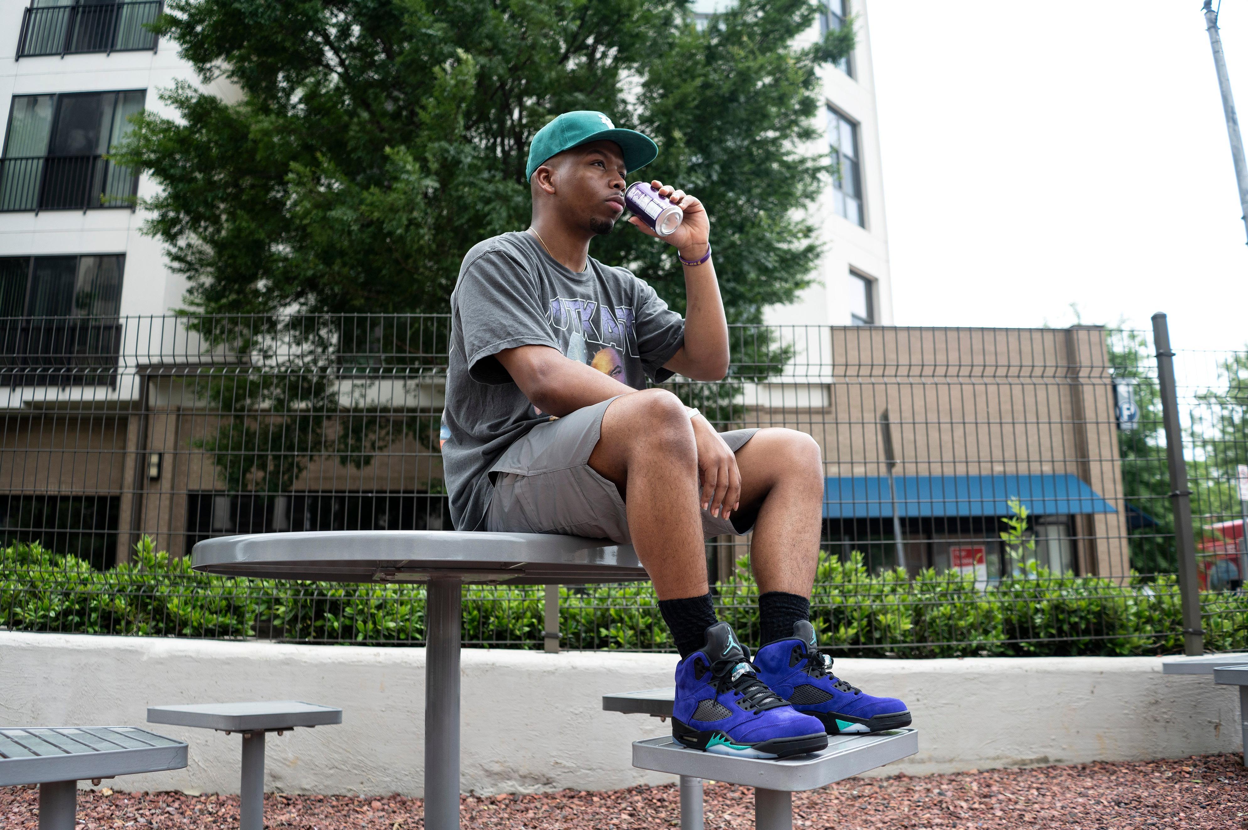 "Jordan 5 Retro ""Alternate Grape"" Grape Ice/New Emerald Men's Basketball Shoe"