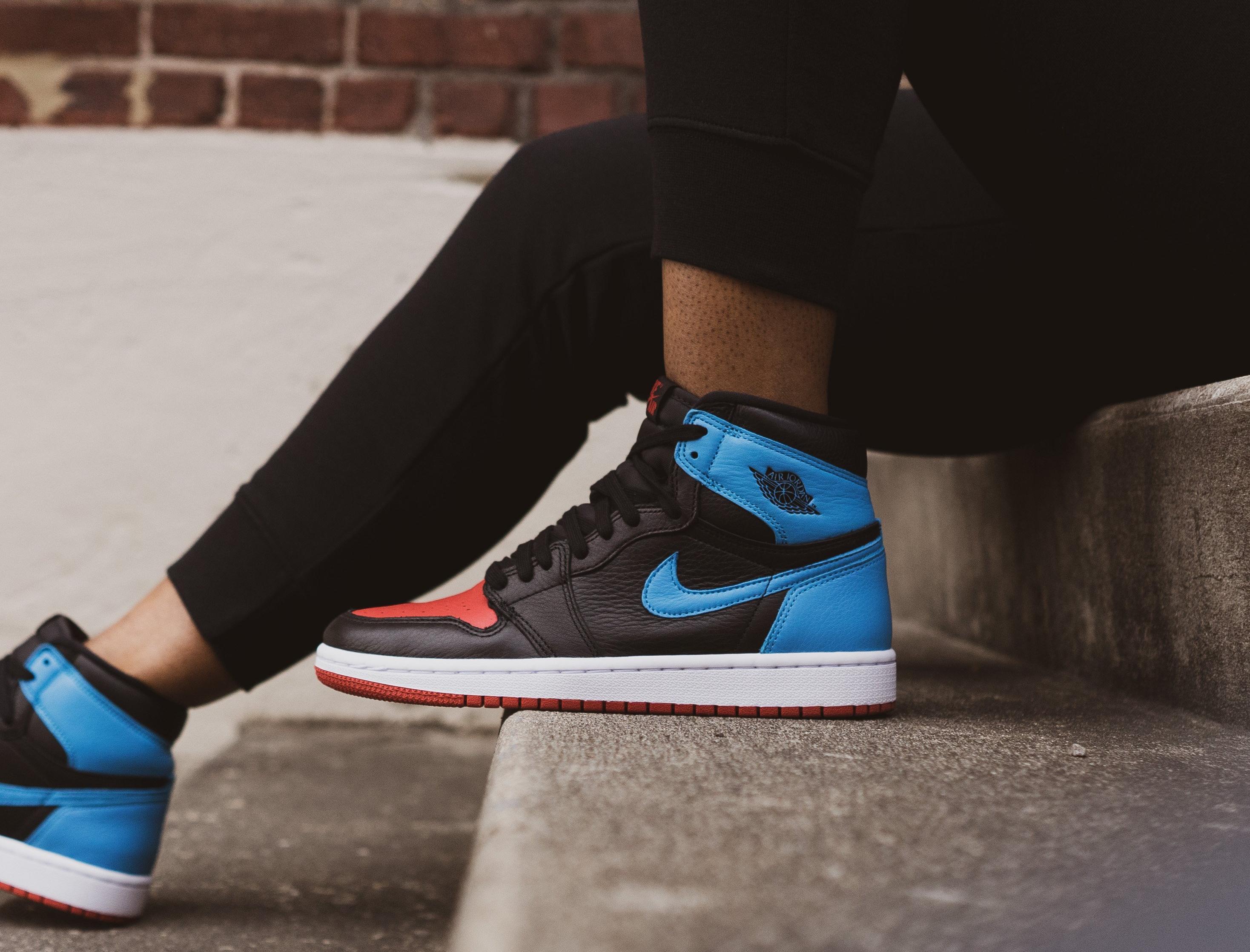 Sneakers Release Air Jordan 1 High Og Unc To Chicago Black