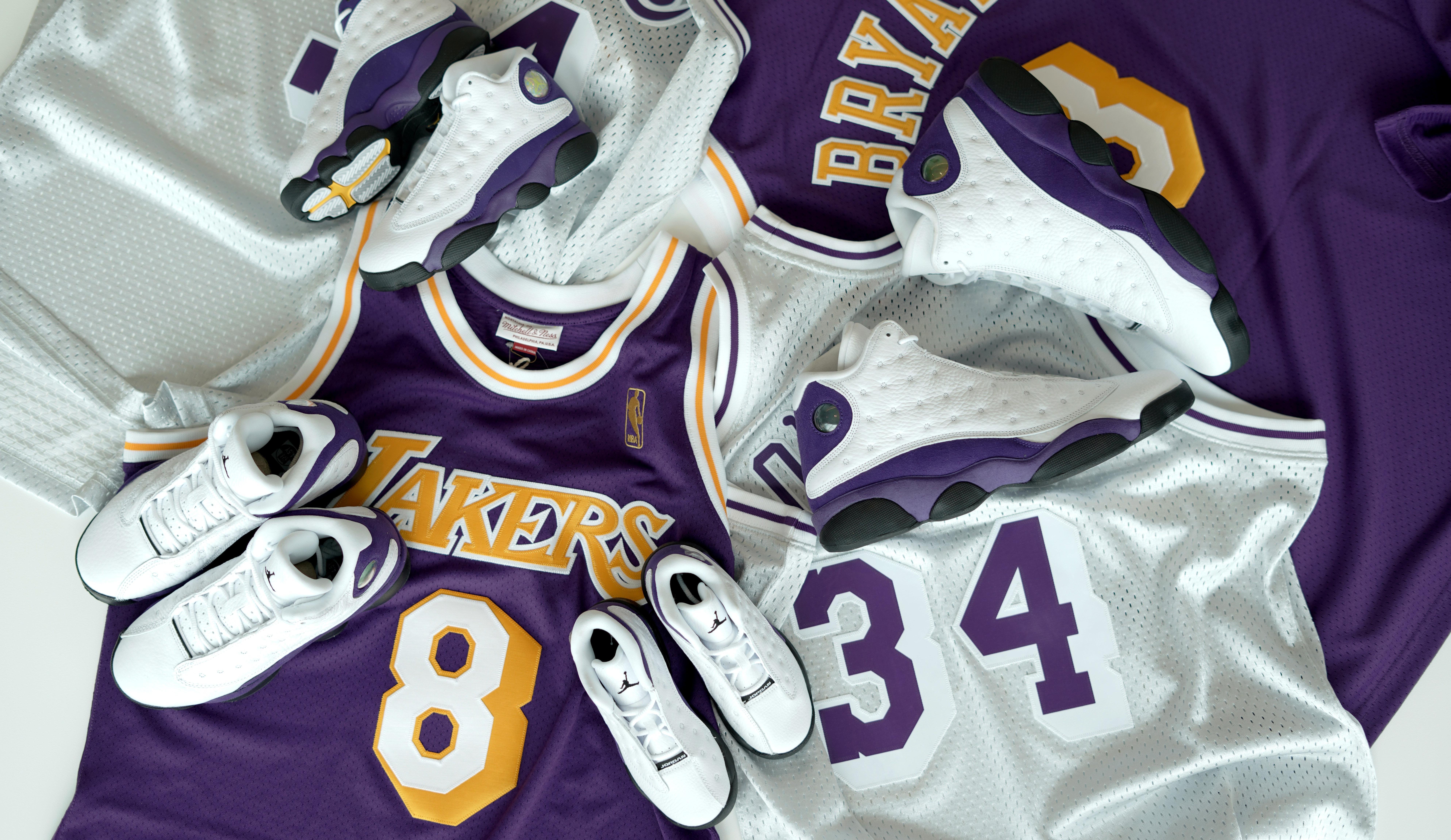Where To Buy Cheap Nike Air Jordan 13 Lakers White Black