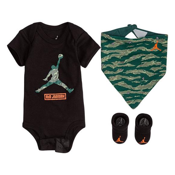 b87ab376dd594c Jordan Boys  Infant City Of Flight 3 Piece Set - Main Container Image 1