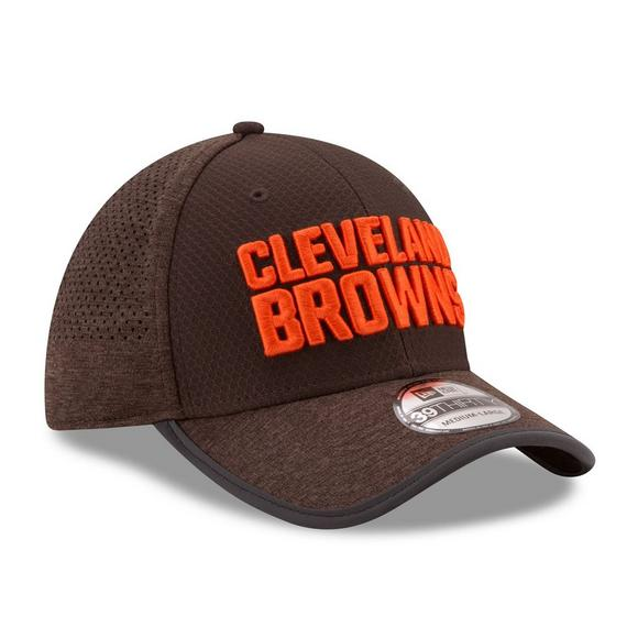 cheap for discount 35816 46491 New Era Cleveland Browns Training Camp Official 39THIRTY Flex Hat - Main  Container Image 3