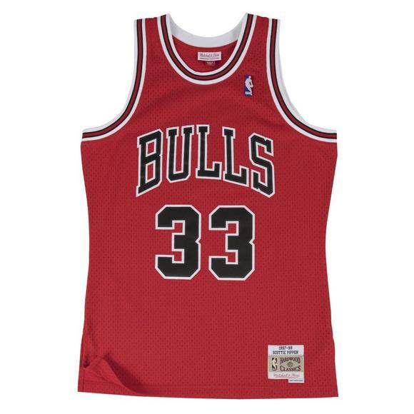 wholesale dealer 992c8 1c7bc Mitchell & Ness Men's Chicago Bulls Scottie Pippen '97 Swingman Jersey