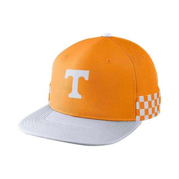 huge selection of a96a3 e7e23 ... clearance nike tennessee volunteers pro breakaway snapback hat main  container image 1 c5973 55f29