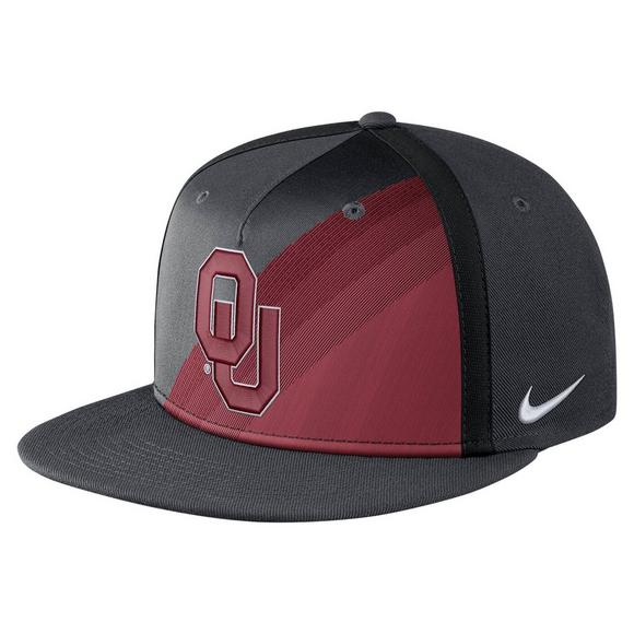 pretty nice 3dabb 1d409 Nike Oklahoma Sooners True Champ Snapback Hat - Main Container Image 1