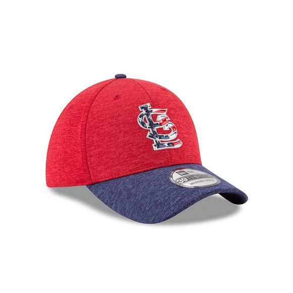 new styles ac673 798ef New Era Men s St. Louis Cardinals Stars and Stripes  17 39THIRTY Flex Hat -