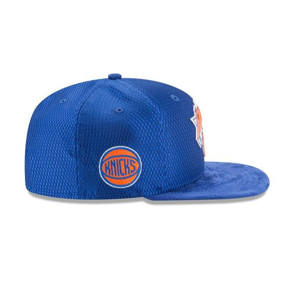 separation shoes 26321 102ed New York Knicks New Era 2017 NBA Draft Official On Court Collection 59FIFTY  Fitted Hat -