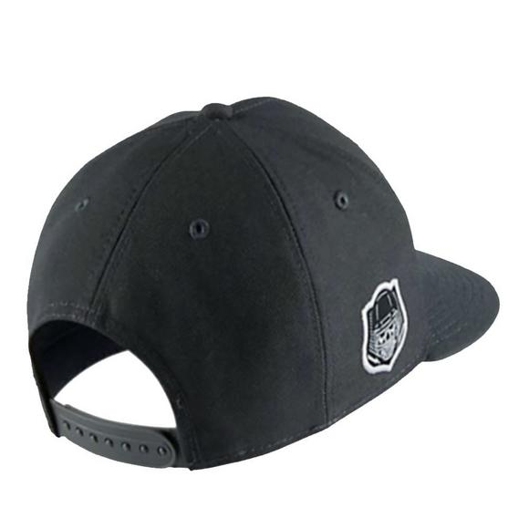 Nike Vapor Dominator Snapback Hat - Main Container Image 2 a20a24983