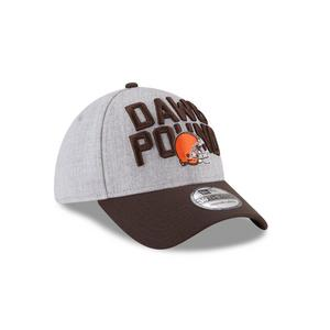 58929d9fc low price new era cleveland browns on stage 39thirty stretch fit hat aa1e3  1c728