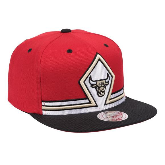 6841e94f5b5 Mitchell   Ness Chicago Bulls Uniform Detail Snapback Hat - Main Container  Image 2