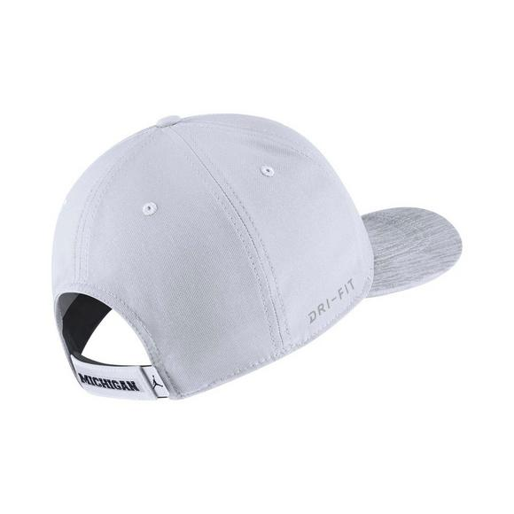 separation shoes 7a0e6 2d7ab italy jordan michigan wolverines classic 99 sideline adjustable hat main  container image 2 91c17 6240c