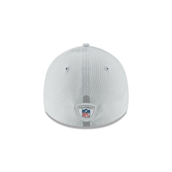 online store 26bb6 ffe41 New Era Los Angeles Chargers Training 39THIRTY Stretch-Fit Hat - Main  Container Image 3