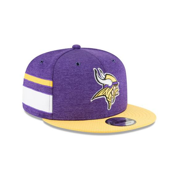 detailed look 1ddb7 5270d New Era Minnesota Vikings Sideline 9FIFTY Snapback Hat - Main Container  Image 2