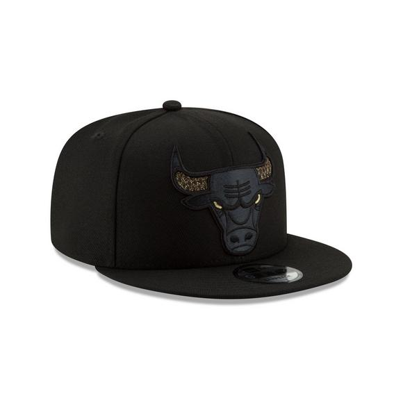cdbdc94b392 New Era Chicago Bulls Shimmer NBA Snapback Hat - Main Container Image 2