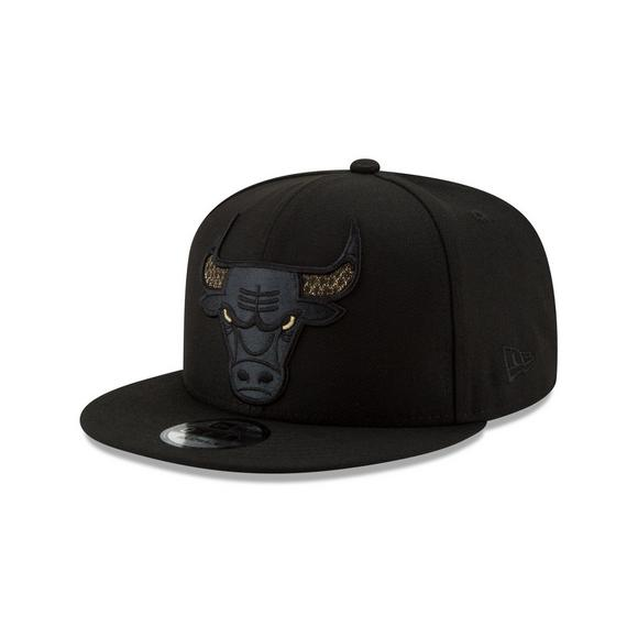 9ba5d443bfd New Era Chicago Bulls Shimmer NBA Snapback Hat - Main Container Image 1