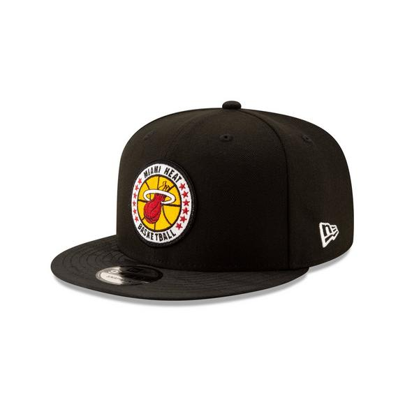 cheap for discount b57a6 5006a New Era Miami Heat Tip Off 9FIFTY Snapback Hat - Main Container Image 1