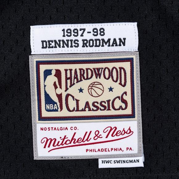 outlet store f8844 b9944 Mitchell & Ness Men's Dennis Rodman Chicago Bulls X-Mas Hardwood Classics  Swingman Jersey