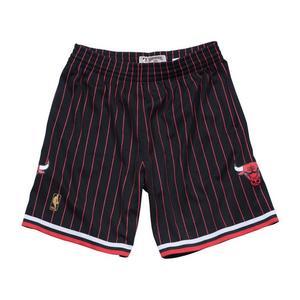a313a4dbf Mitchell   Ness Chicago Bulls Swingman Retro Shorts