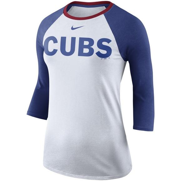buy cheap 89ad6 cfe33 Nike Women's Chicago Cubs Tri-Blend Raglan Tee