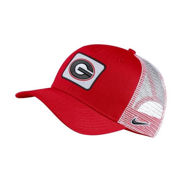 f51757764672b Nike Georgia Bulldogs Classic 99 Trucker Hat - Main Container Image 1