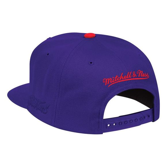 30ed4d9d3 Mitchell   Ness Toronto Raptors Hardwood Classics First Letter Snapback Hat  - Main Container Image 2