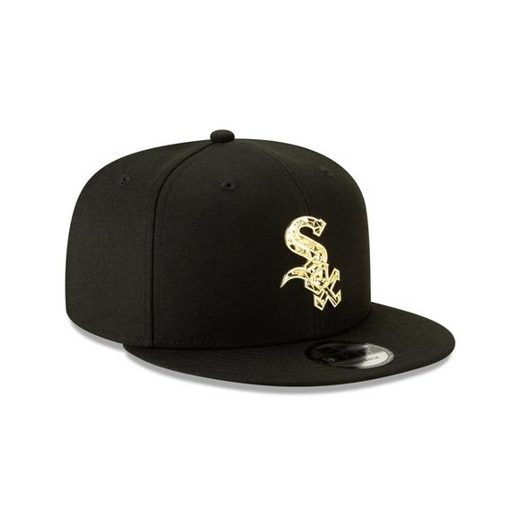 info for 633f4 331c4 New Era Chicago White Sox Fractured Metal 9FIFTY Snapback Hat - Main  Container Image 2