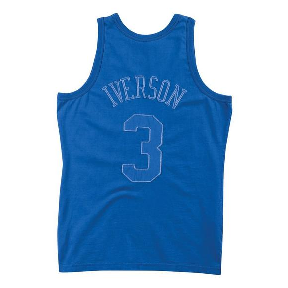 finest selection 62268 d3fb3 Mitchell & Ness Men's A. Iverson Philadelphia 76ers Washed Out '96-'97  Hardwood Classics Swingman Jersey
