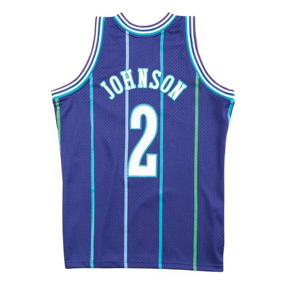 a9c6ffb24 Mitchell   Ness Men s Larry Johnson Charlotte Hornets Hardwood Classics  Swingman Jersey - Main Container Image
