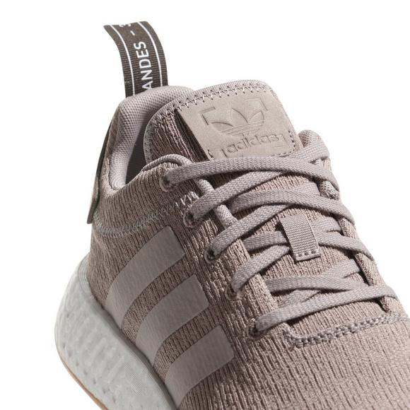 the latest b76fa 55d84 adidas NMD R2