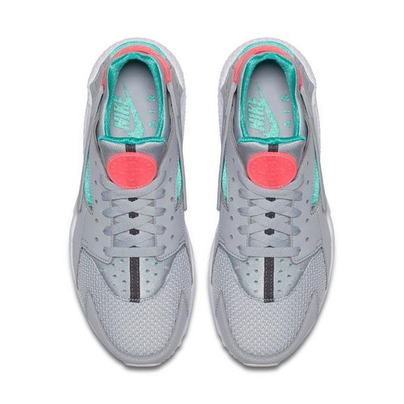 40a5ec56ecf70 Nike Air Huarache