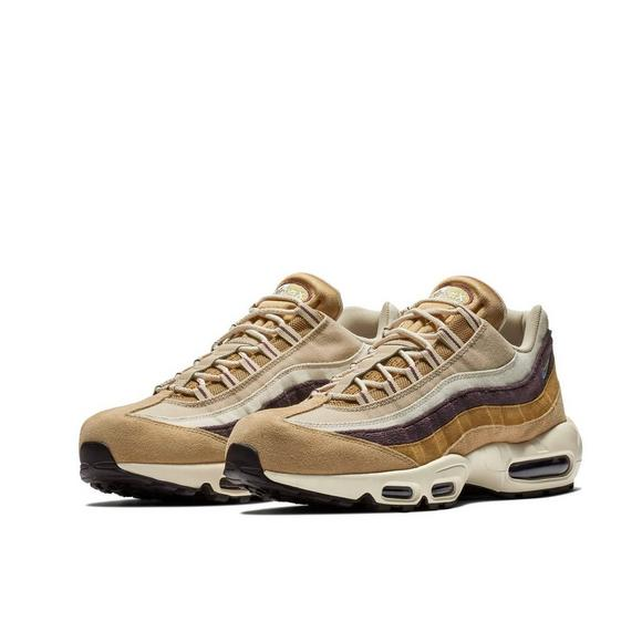 separation shoes 92337 d0778 Nike Air Max 95 Premium