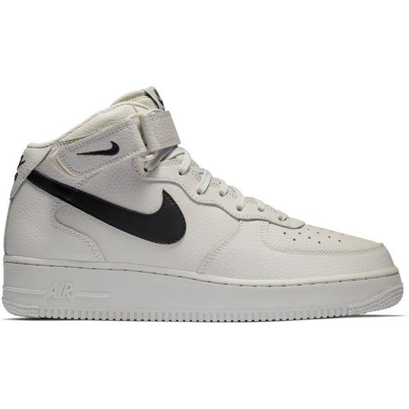 prix le plus bas 7a998 dc382 Nike Air Force 1 Mid 07