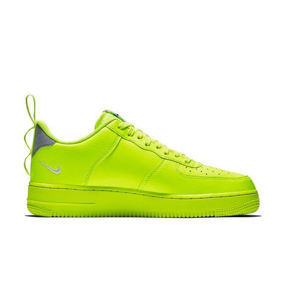 8a1e47a11b45f Nike Air Force 1 '07 LV8 Utility