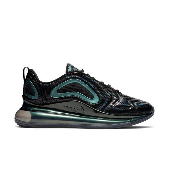 detailed look 062a2 f2385 Nike Air Max 720