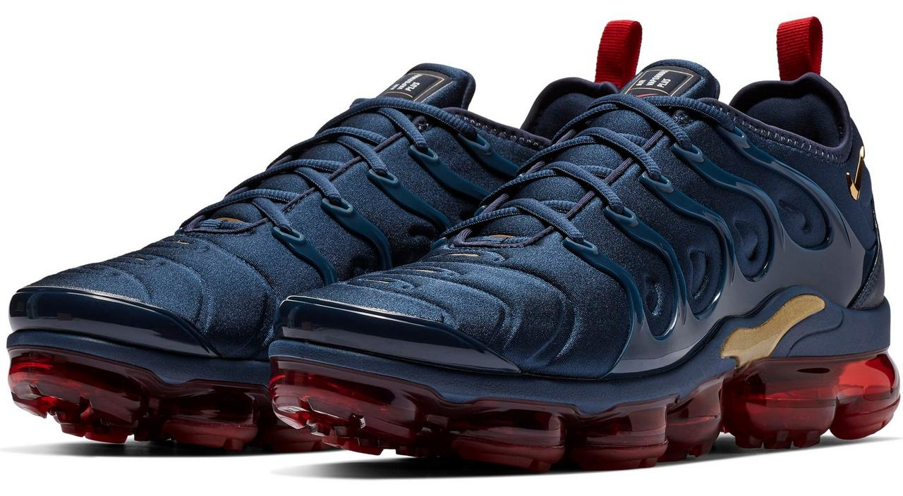 "20724804e16 Sneaker Release  Nike VaporMax Plus ""Navy Red"" Men s Shoe"