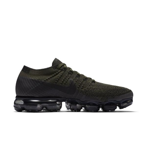 Display product reviews for Nike Air VaporMax Flyknit