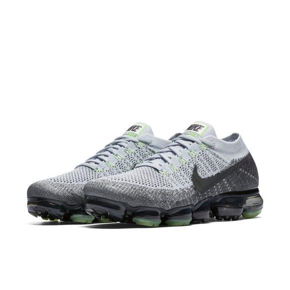 Nike Vapormax Heritage On Feet