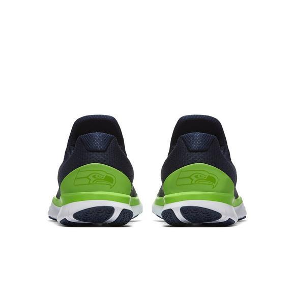 super popular d274f c2bf9 Nike Free Trainer V7 NFL