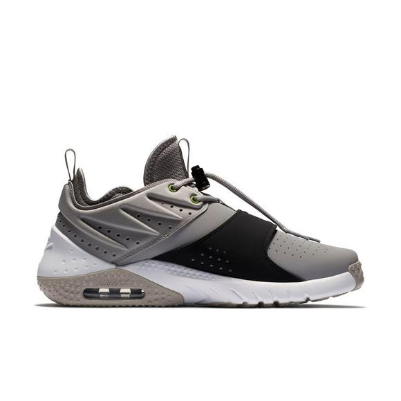 e156ec44fb85 Nike Air Max Trainer 1 Leather