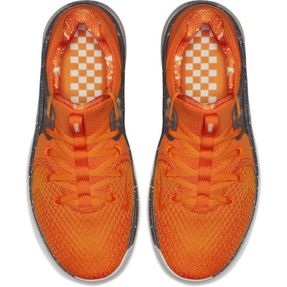 d1c1918b87af Nike Free TR 8